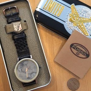 NWT Fossil watch with world map